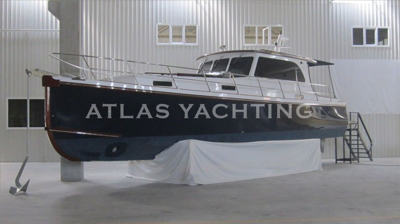 13M, GRP HULL , CE, 2 Cabins