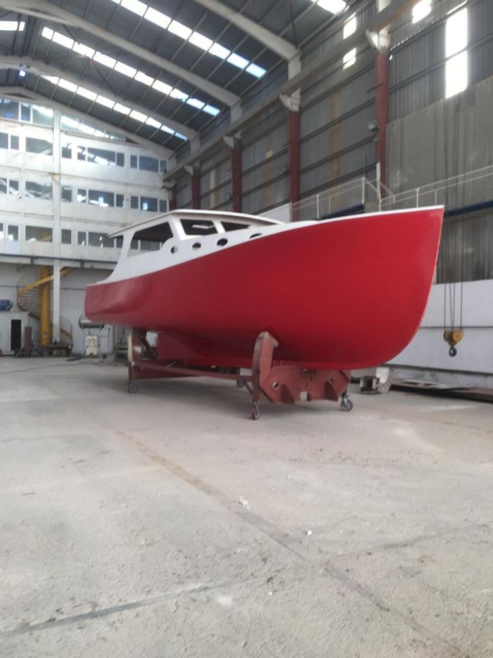 14M GRP Lobster Hull