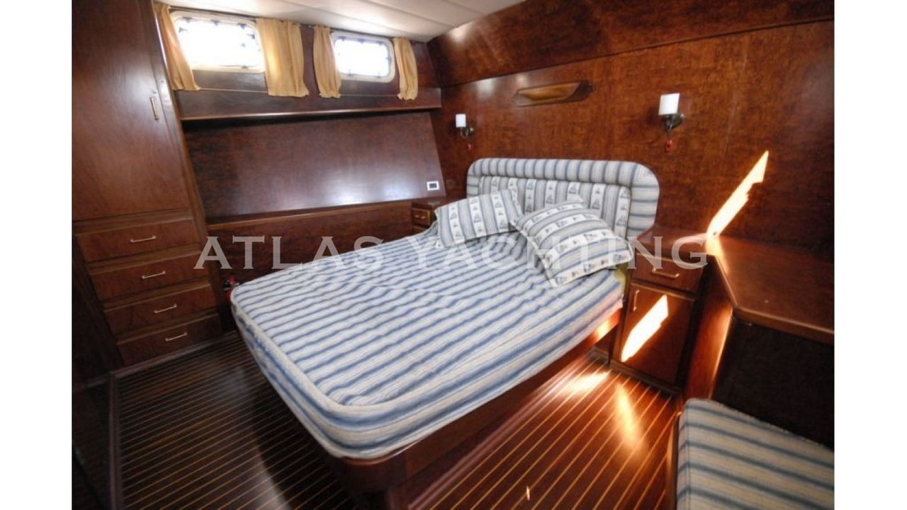 20M 4 Cabins Airconditioned - imagem 3