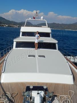 22M Motoryacht WITH 4 Cabins