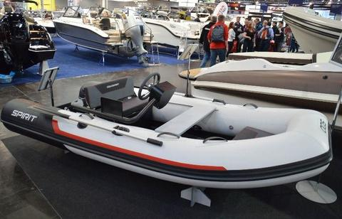 Aquaspirit AQS 350C Highline mit Suzuki DF15ARS