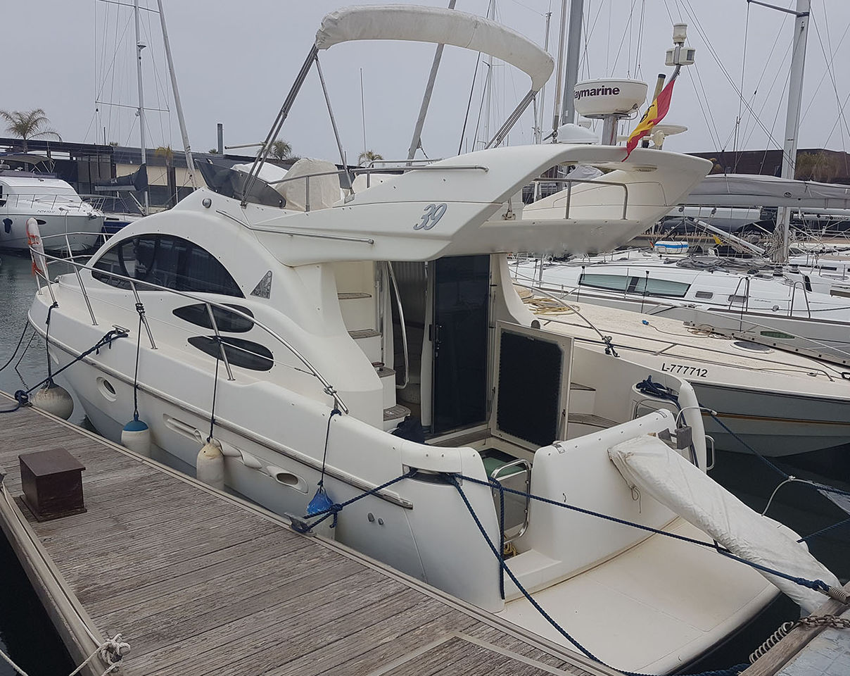 Azimut 39 Fly Bridge