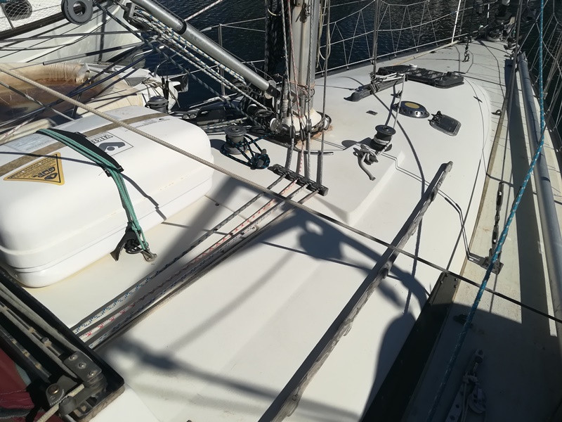 c&c yacht manufacturing 34 sailboat for sale