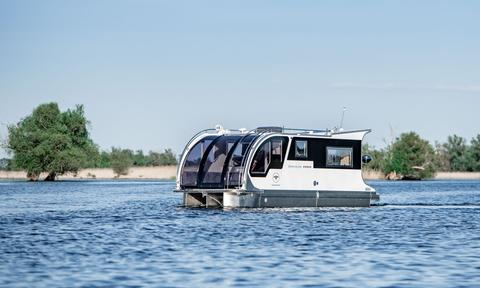 Caravanboat One (Houseboat)