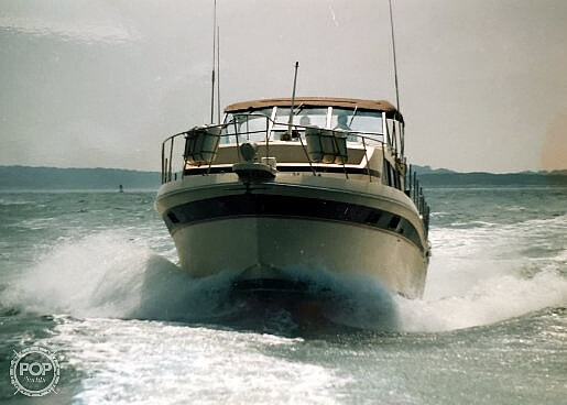 chris-craft catalina 381 powerboat for sale