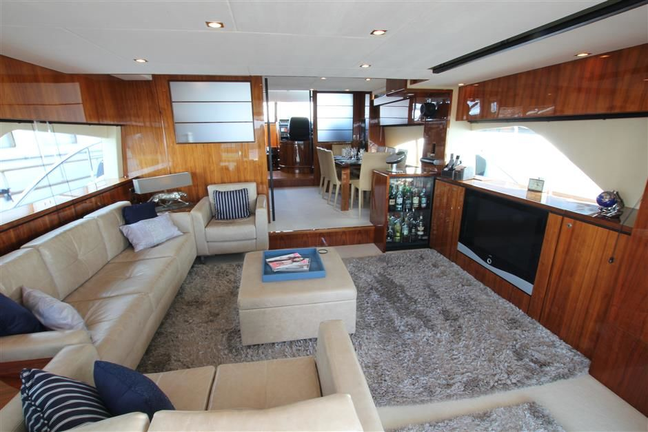 Fairline 78Bild 2