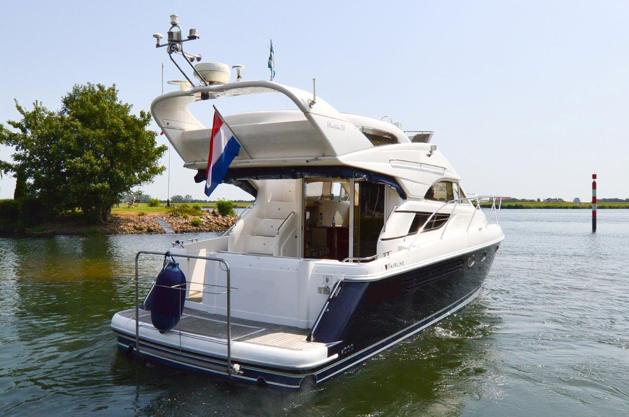 Fairline Phantom 38 - Bild 2