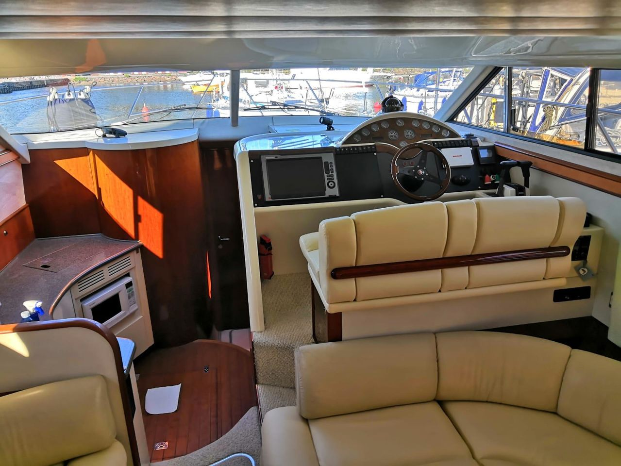 Fairline Phantom 42 - фото 2