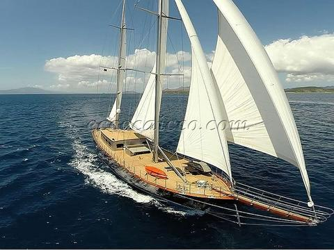 sailboat Caicco ATL 558