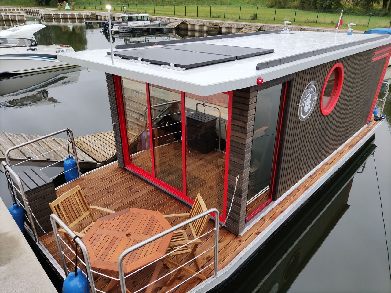 Nordic Houseboat Eco Wood 18m2 - picture 3