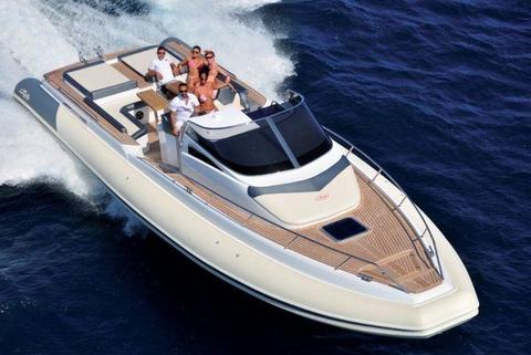 Nuova Jolly Prince 43 LC Twin-Stern-Drive