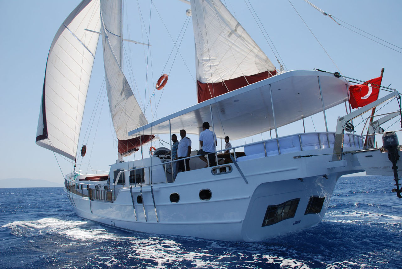 One off 18,60 m 4 Cabins Gulet - image 3