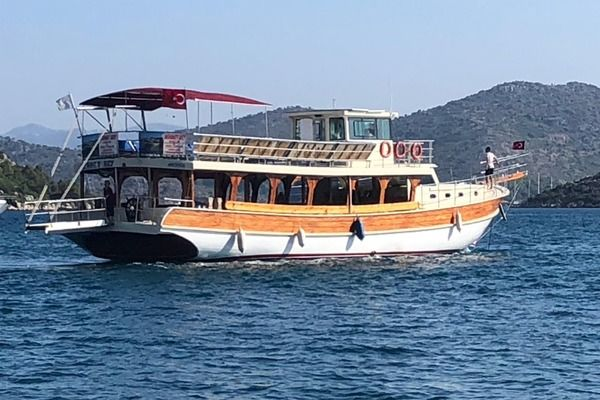 One off 23,85 m 95 pax Tour Boat