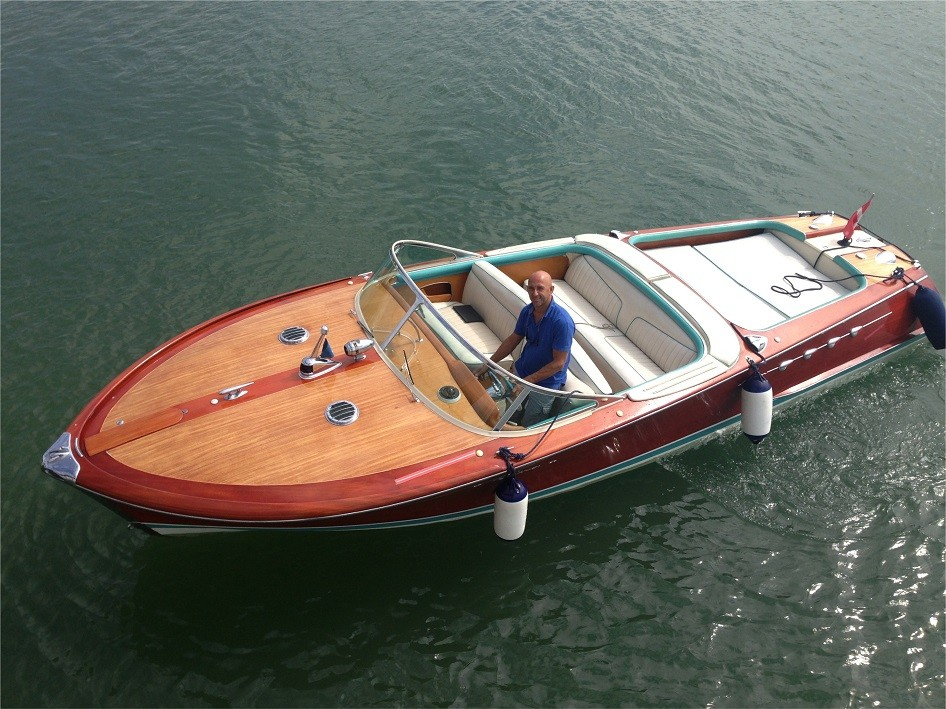 Riva Aquarama - picture 1