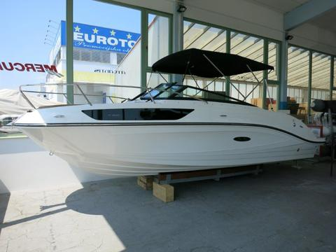 Sea Ray 230 Sunsport - on Stock