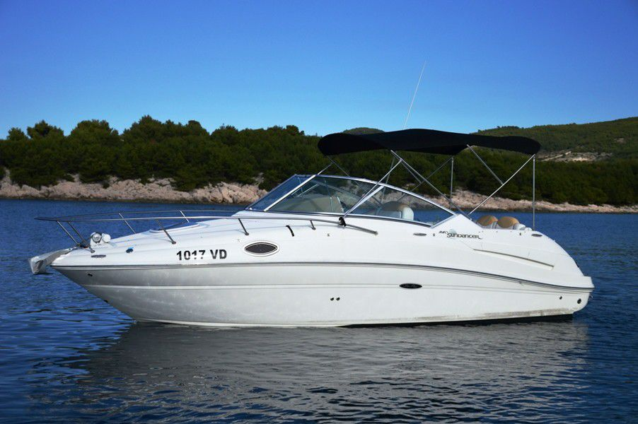 Sea Ray 240 Sundancerfoto 2
